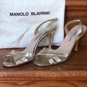 Gold Manolo Blahnik Heels. Size 41 (US 11)